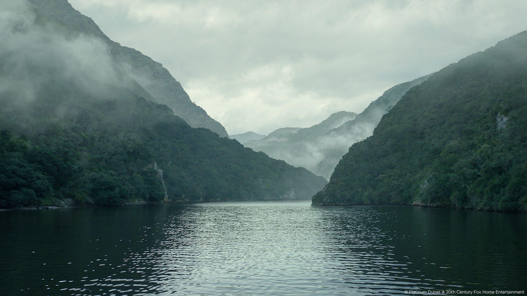 black-sails-mountain-ocean